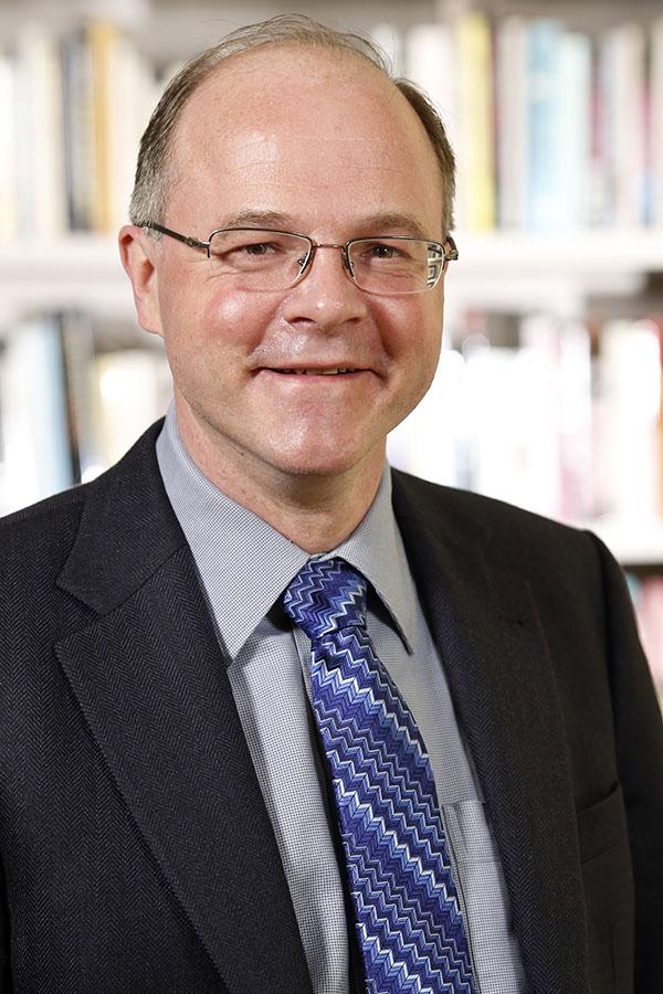 Prof. Dr. Axel Schäfer